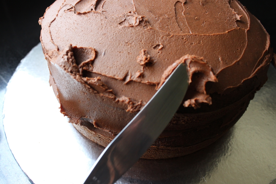 Simple chocolate fudge cake recipe simply being mum for Simple chocolate fudge cake